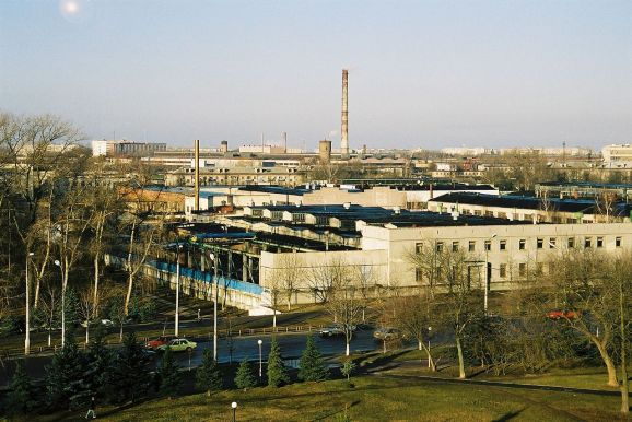 1280px-Belarus-Homel-Automobile_Repair_Plant